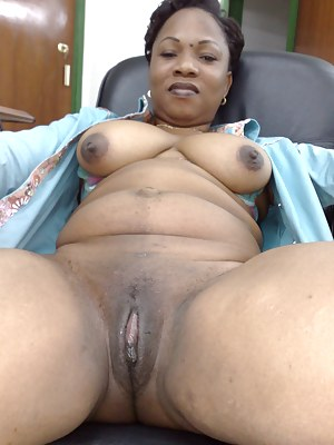 Black mature pussy gallery