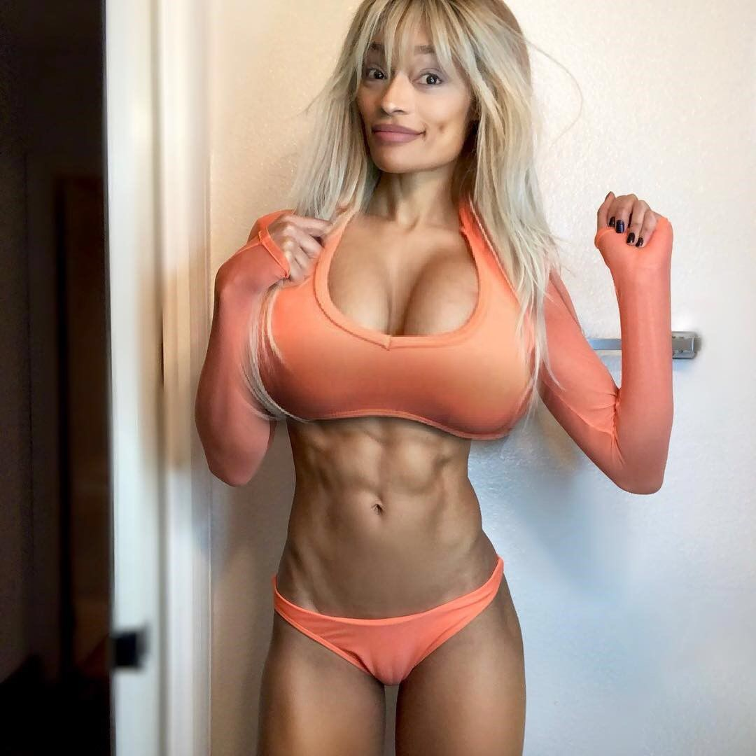 Busty fit