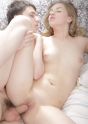 Nude girls and sex